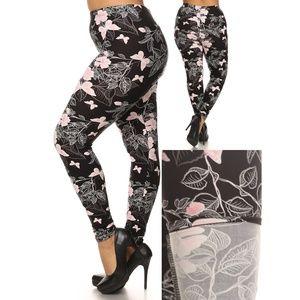 c45a26e075f Pants - Plus Size Leggings (Black Pink Butterflies)